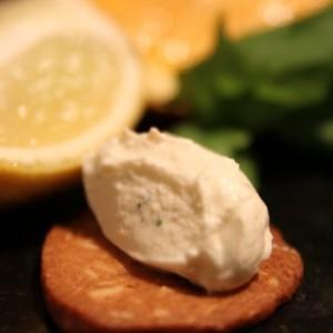 Franska Chipotlepeppearkakor med Apelsinbasilikakräm